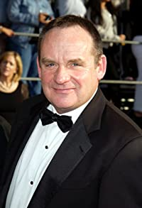 Primary photo for Paul Guilfoyle