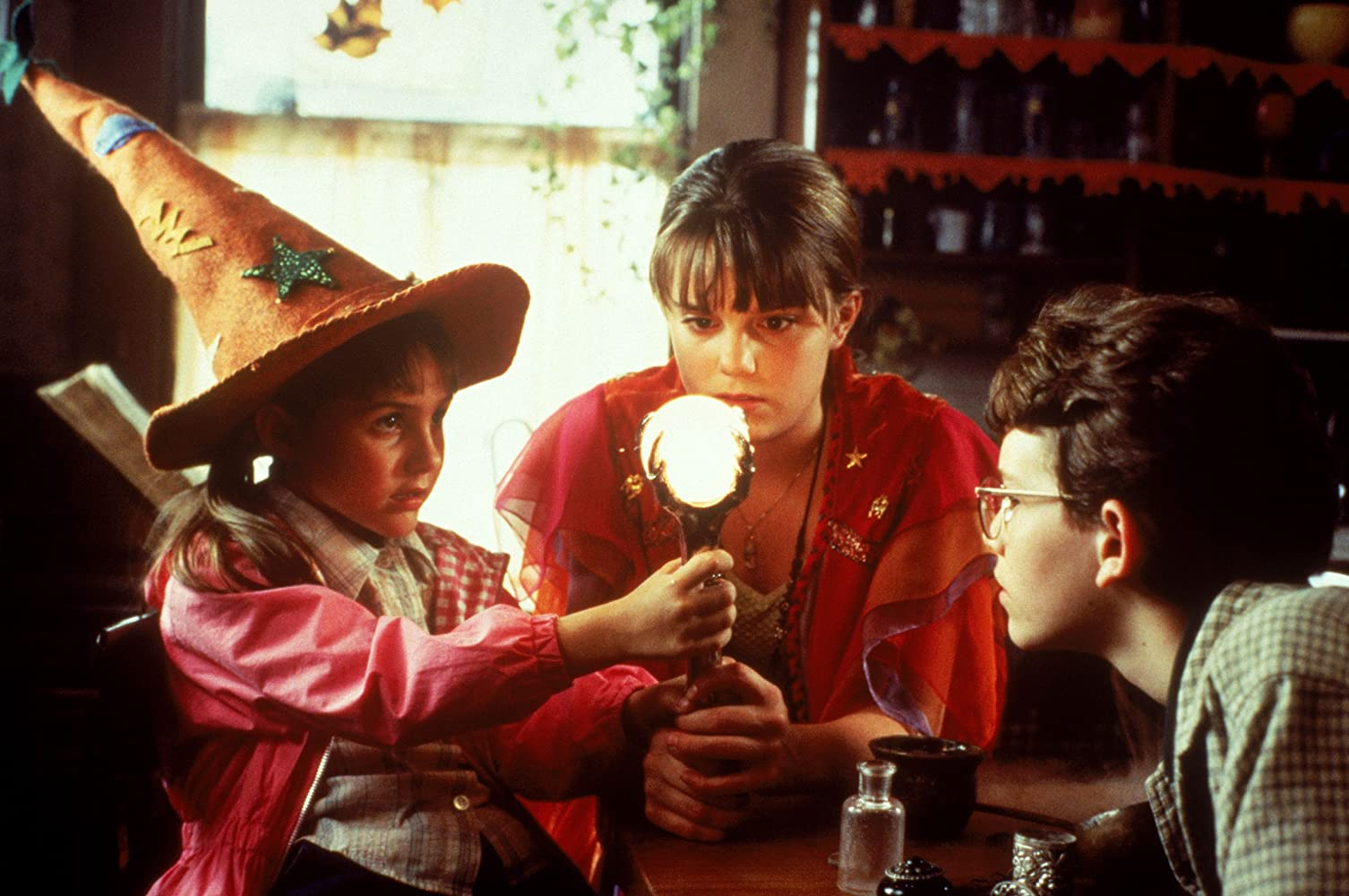 Kimberly J. Brown, Emily Roeske, and Joey Zimmerman in Halloweentown (1998)
