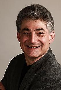 Len Uhley Picture