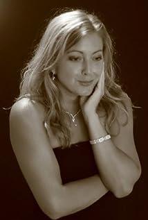 Elizabeth Rossi Picture