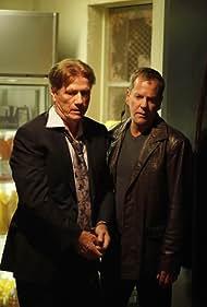 Kiefer Sutherland and Jürgen Prochnow in 24 (2001)