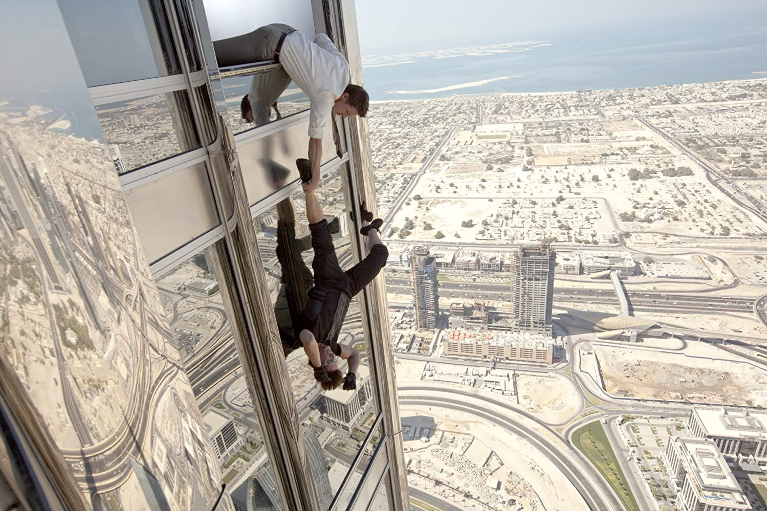 Hoe verliep de samenwerking tussen Tom Cruise, Brad Bird en J.J. Abrams? Daar kom je achter in de Mission: Impossible - Ghost Protocol review