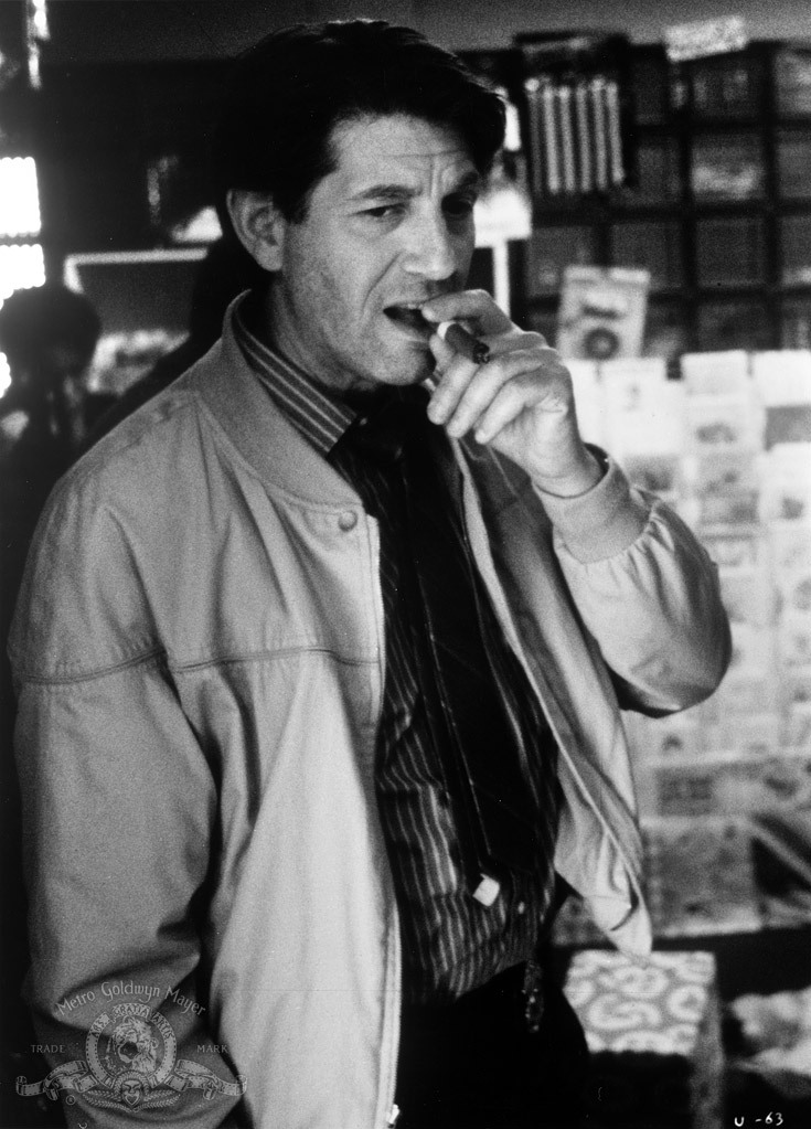 Peter Coyote in Unforgettable (1996)