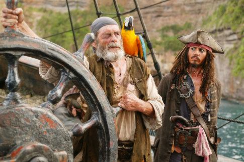 Johnny Depp and David Bailie in Pirates of the Caribbean At Worlds End 2007