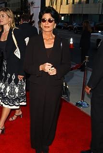 Tina Sinatra Picture