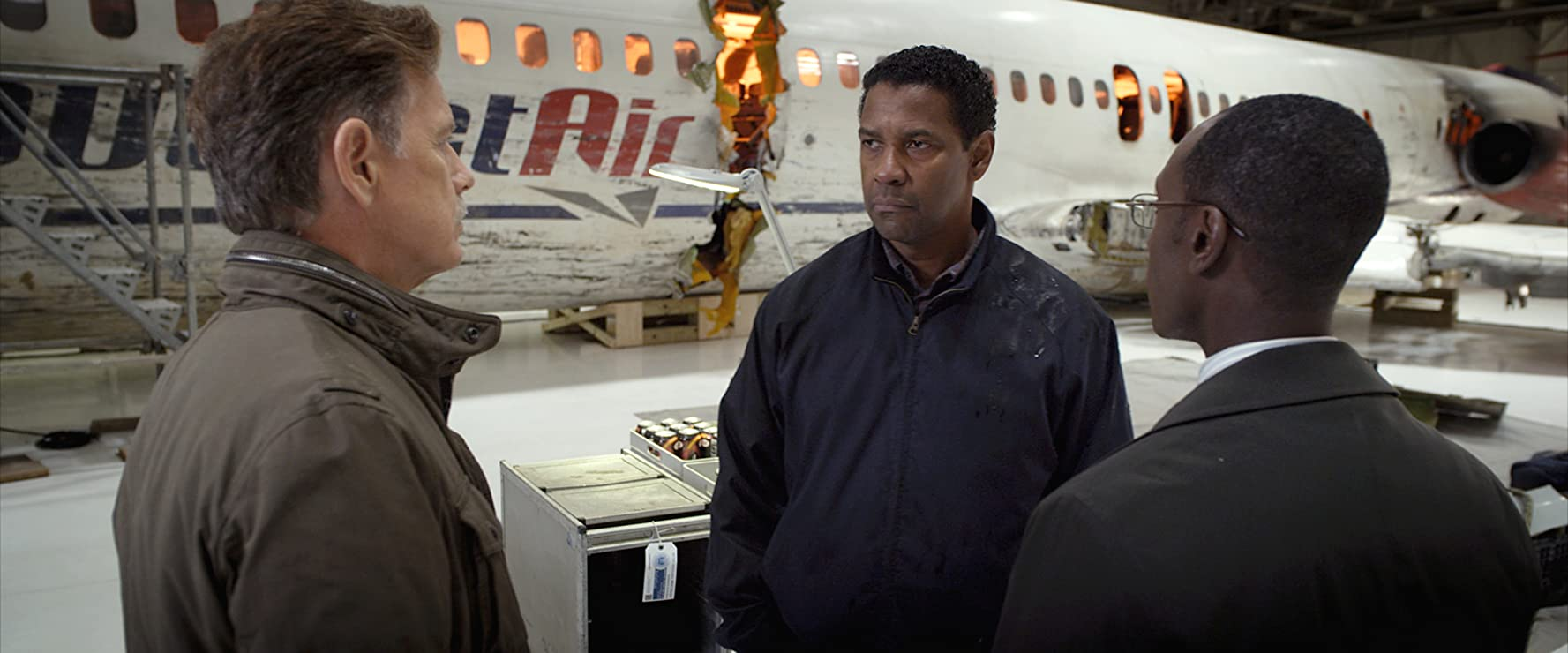 Denzel Washington, Don Cheadle, and Bruce Greenwood in Flight (2012)