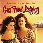 Fairuza Balk and Ione Skye in Gas Food Lodging (1992)