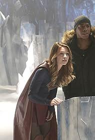 Mehcad Brooks and Melissa Benoist in Supergirl (2015)