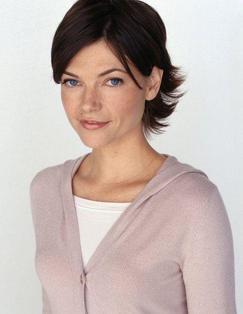 Nicole de Boer in The Dead Zone 2002