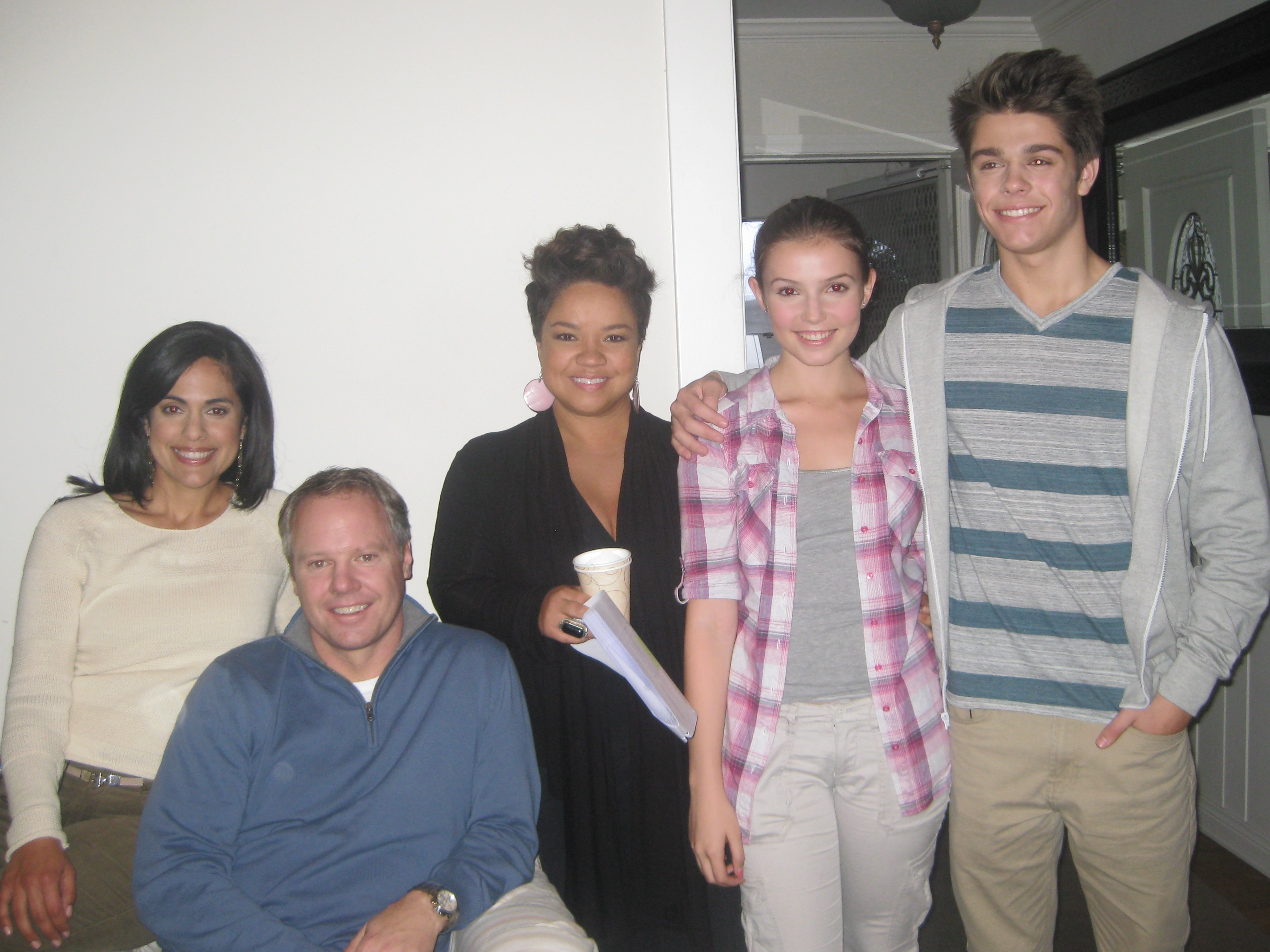 Tina with her on-set family for an infomerical, with  spokesperson Kim Myles  (center) (Nov 2011)