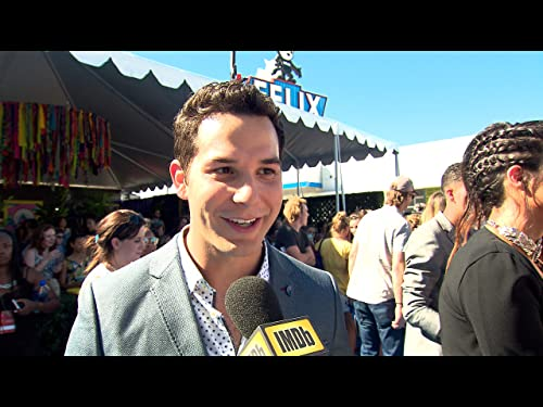 Skylar Astin on 'Pitch Perfect 3' and His Very First Singing Audition
