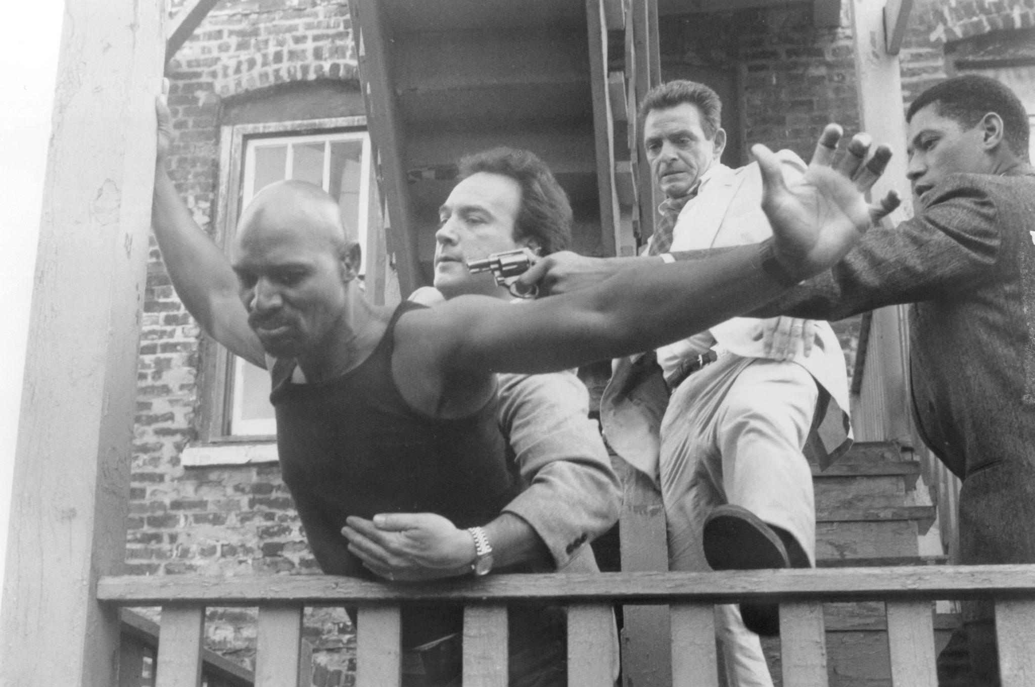 Laurence Fishburne, Jim Belushi, Richard Bright, and Eric Mansker in Red Heat (1988)