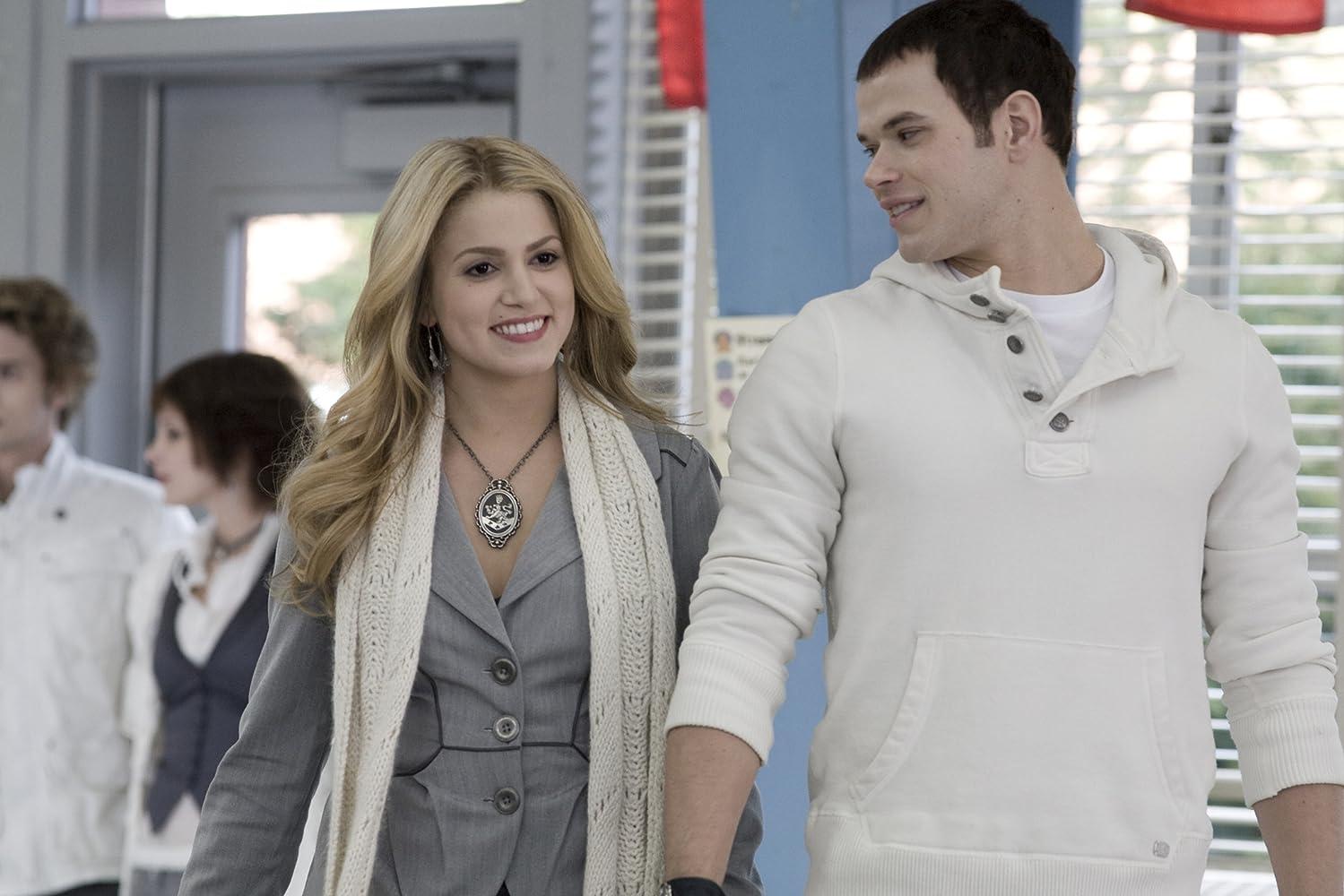 Nikki Reed, Kellan Lutz, Jackson Rathbone, and Ashley Greene in Twilight (2008)