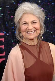 Lynn Cohen Picture