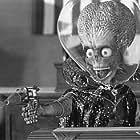 The Martian Ambassador greets Congress unexpectedly.