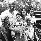 Delroy Lindo, Alfre Woodard, Zelda Harris, Christopher Knowings, Sharif Rashed, Tse-Mach Washington, and Carlton Williams in Crooklyn (1994)