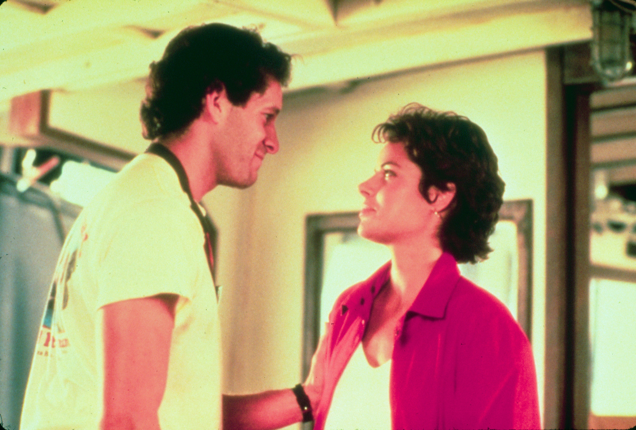 Steve Guttenberg and Tahnee Welch in Cocoon (1985)