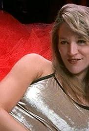 Xnxx curvy mature woman strips her hot lingerie