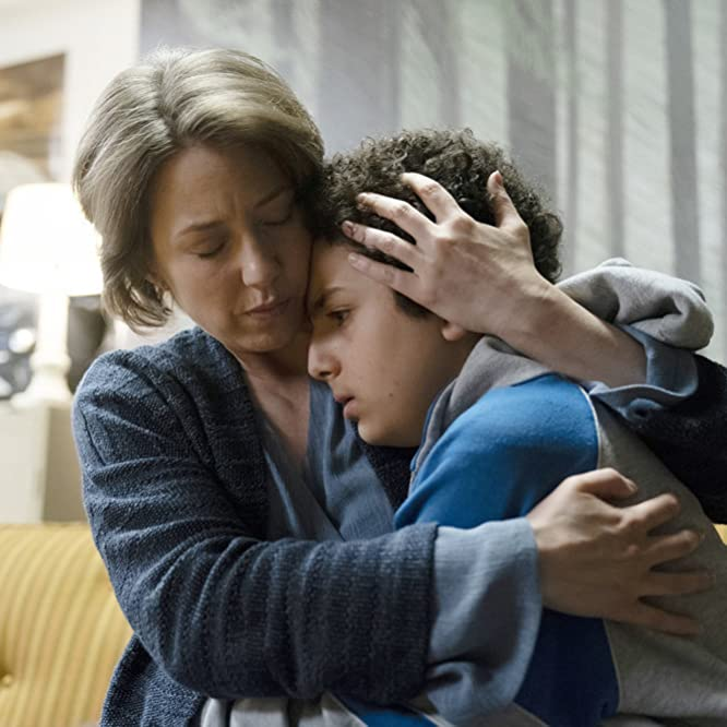 Carrie Coon and Elisha Henig in The Sinner (2017)