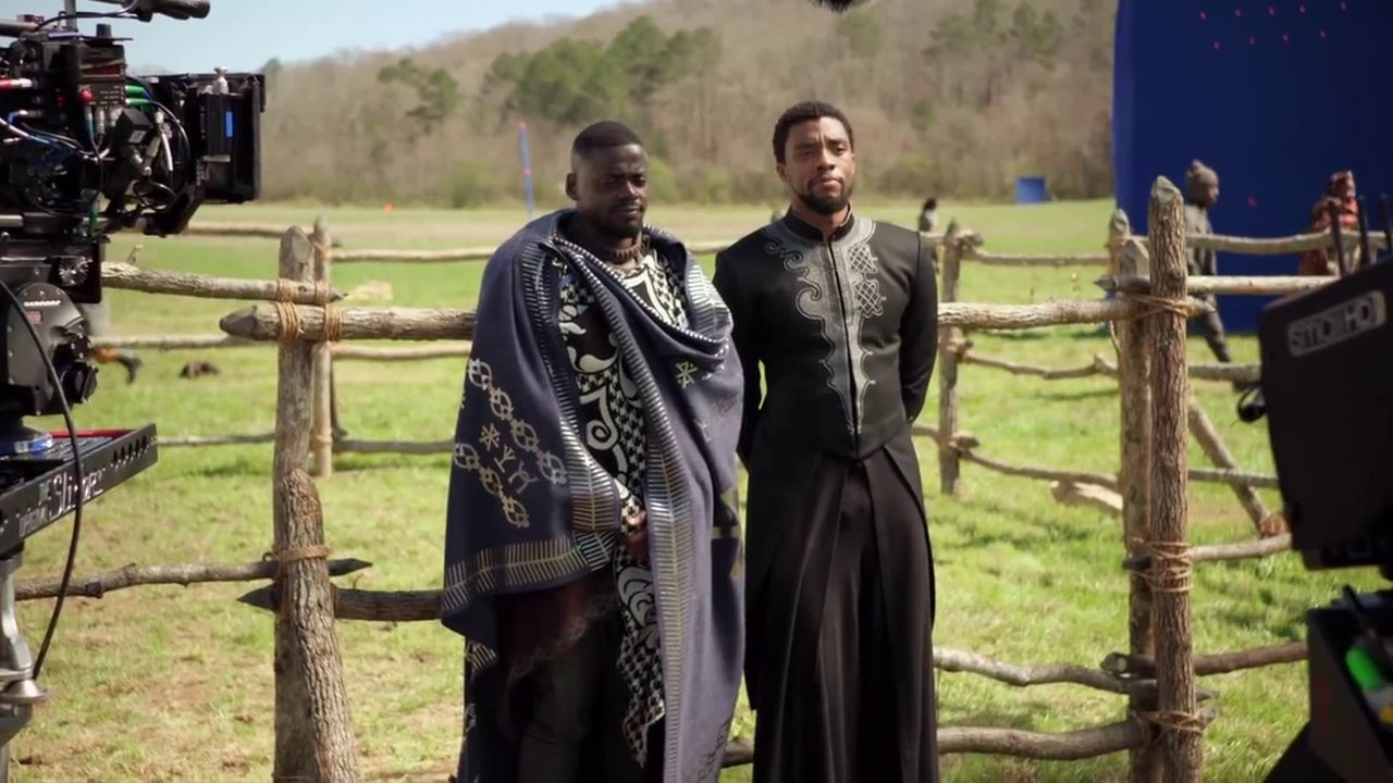 Chadwick Boseman and Daniel Kaluuya in Black Panther (2018)
