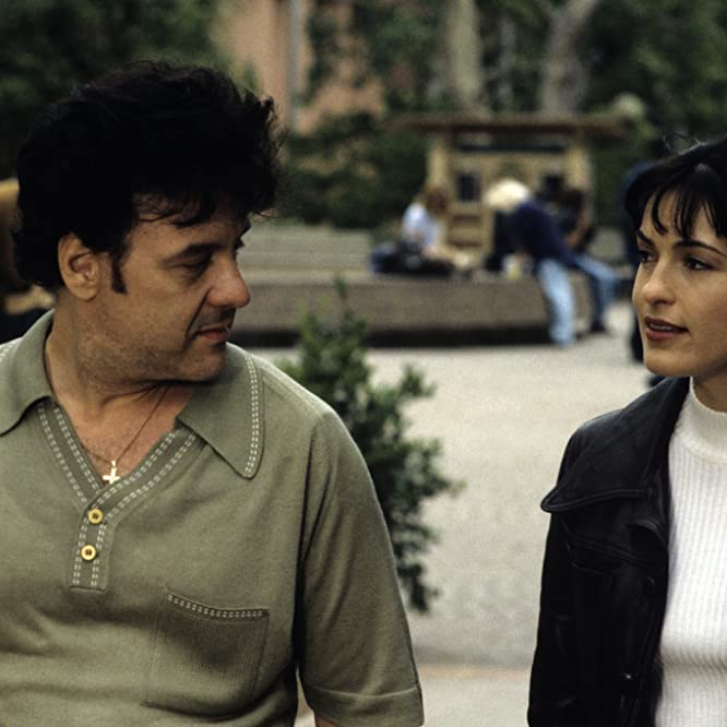 Mariska Hargitay and Robert Pastorelli in Cracker: Mind Over Murder (1997)