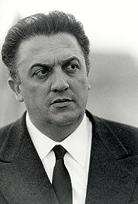 Primary photo for Federico Fellini