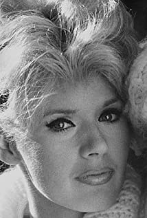 Connie Stevens Picture