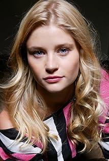 Emilie de Ravin Picture