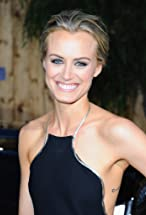 Taylor Schilling's primary photo