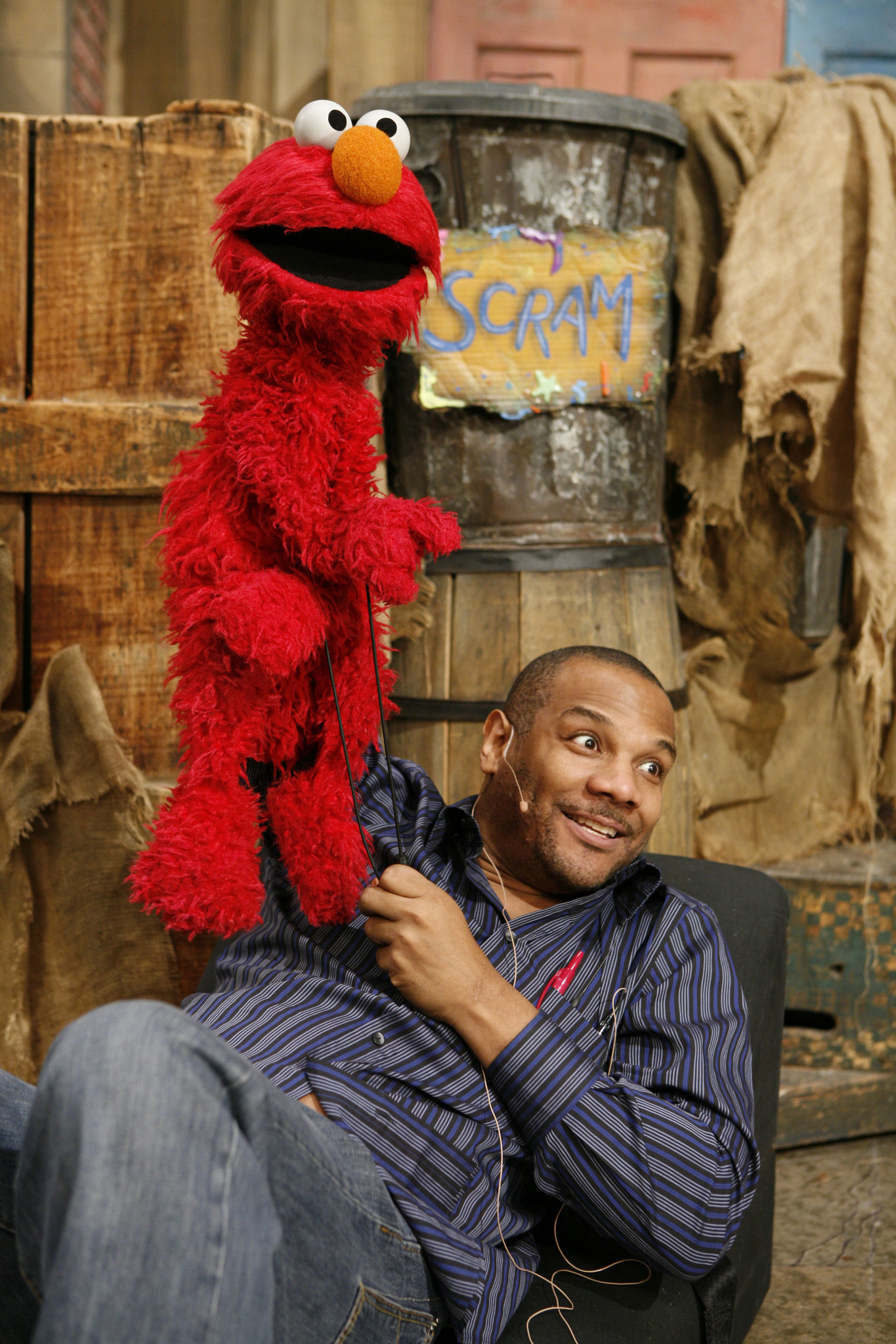 Kevin Clash Imdb Cuddle Me Pajamas Elmo Look And Find