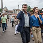 Pierce Brosnan and Olga Kurylenko in The November Man (2014)