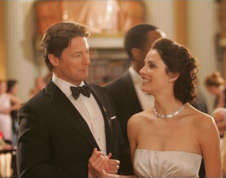 John Allen Nelson and Joanne Kelly in Vanished (2006)