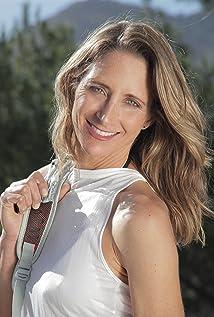 Carrie Lederer Picture