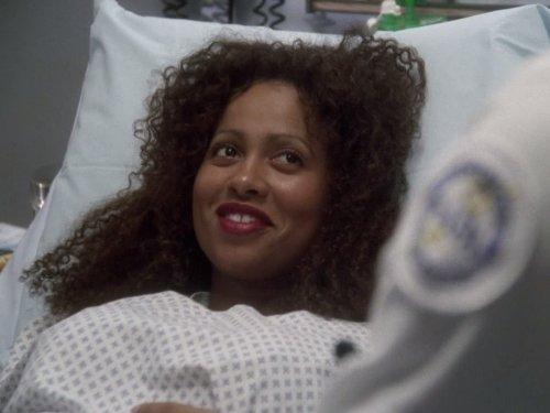 Lisa Nicole Carson in ER (1994)