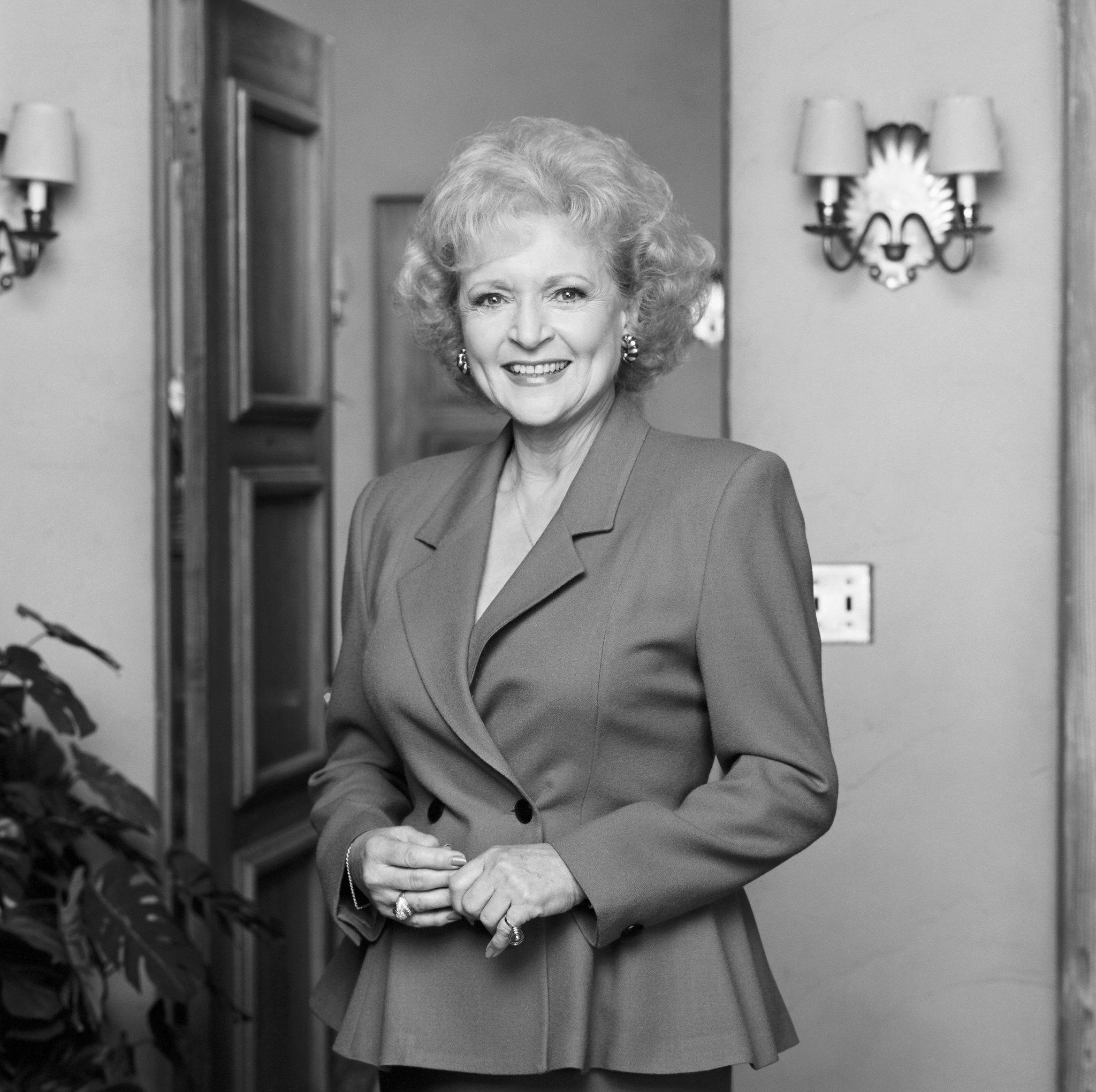 Nichelle Nichols born December 28, 1932 (age 85) advise