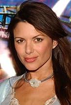 Kari Wuhrer's primary photo