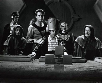 Buster Crabbe, Cyril Delevanti, Constance Moore, Francis Sayles, Guy Usher, and Anthony Warde in Buck Rogers (1939)