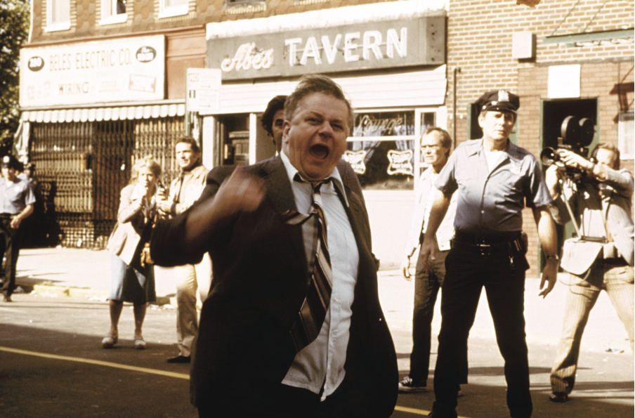 Charles Durning in Dog Day Afternoon (1975)