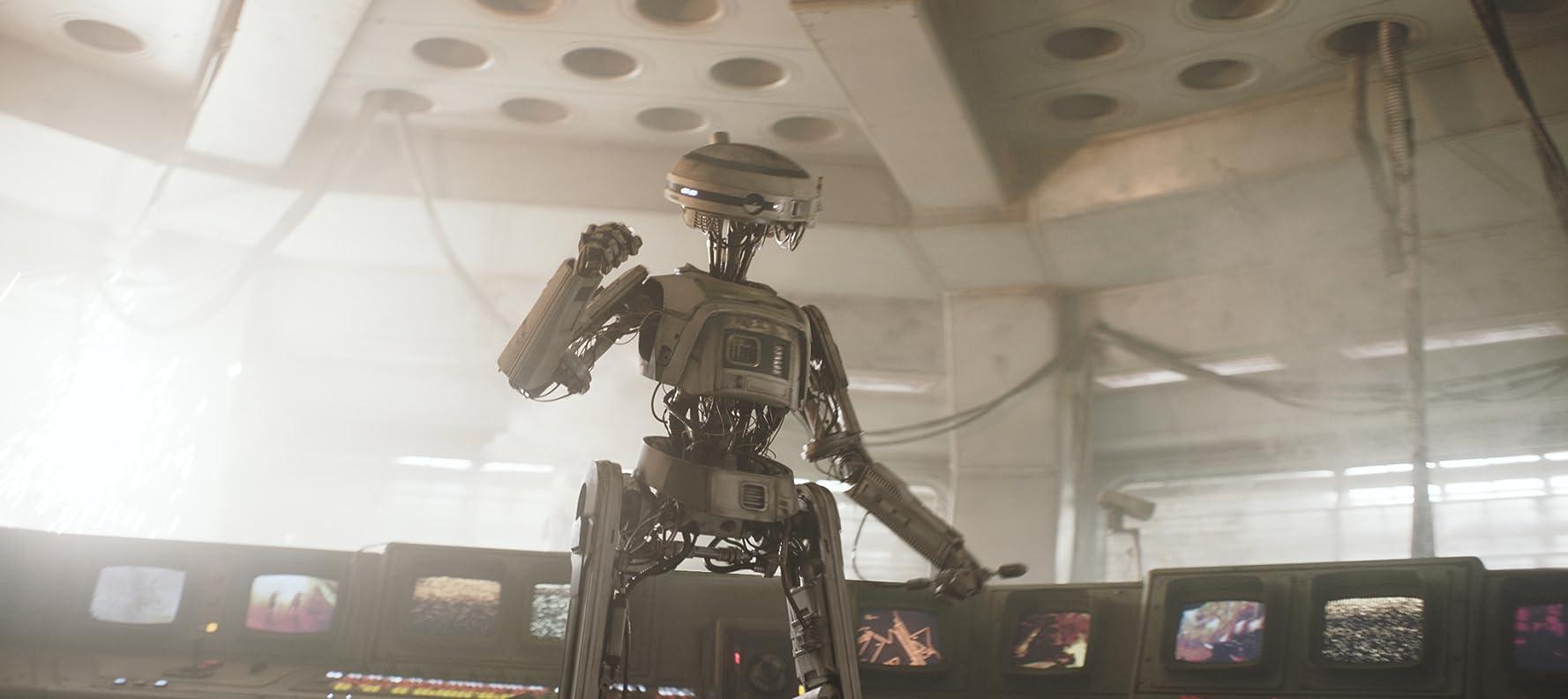 Phoebe Waller-Bridge in Solo: A Star Wars Story (2018)