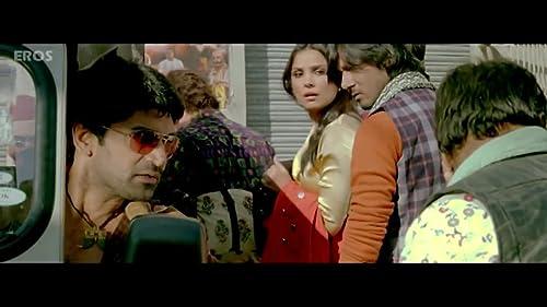 Chalo Dilli (2011) Trailer