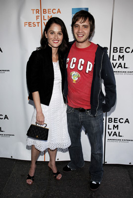 Robin Tunney And Aaron Stanford At An Event For Runaway 2005