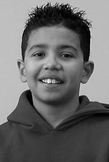 Emmanuel Estrada Picture