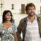 Javier Bardem, Penélope Cruz, and Mehdi Taleghani in Todos lo saben (2018)