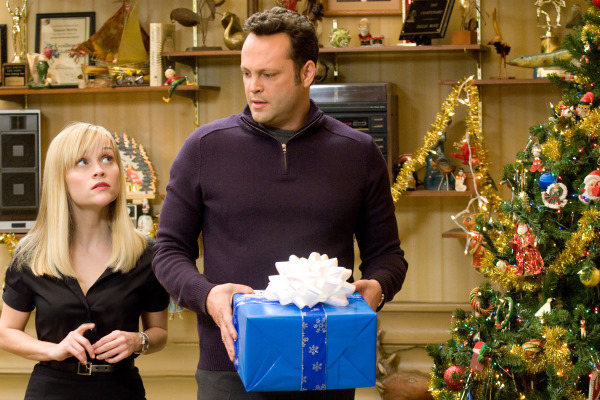 Vince Vaughn and Reese Witherspoon in Four Christmases (2008)