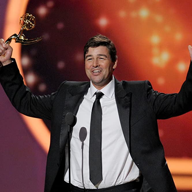Kyle Chandler at an event for The 63rd Primetime Emmy Awards (2011)