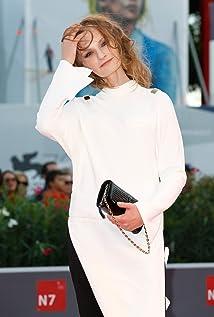 Agata Buzek New Picture - Celebrity Forum, News, Rumors, Gossip