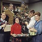 Ron Howard, Marion Ross, Tom Bosley, Erin Moran, and Randolph Roberts in Happy Days (1974)