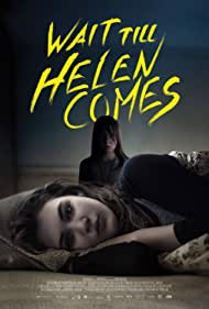 Sophie Nélisse and Isabelle Nélisse in Wait Till Helen Comes (2016)