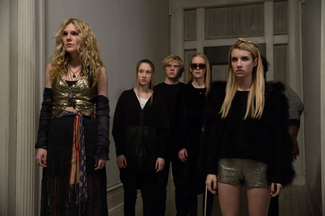 Sarah Paulson, Emma Roberts, Lily Rabe, Evan Peters, and Taissa Farmiga in American Horror Story (2011)