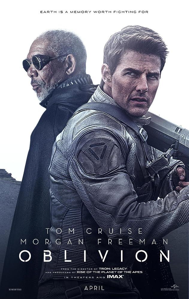 Tom Cruise and Morgan Freeman in Oblivion (2013)